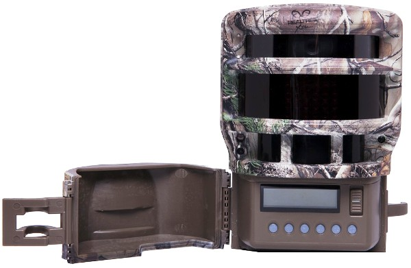 Moultrie Game Spy Panoramic 150i mit geöffneter Frontklappe - Bild: Moultrie