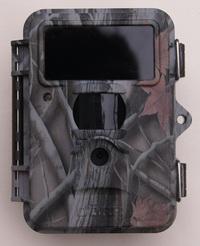 Dörr SnapShot Mini Black UV555 mit völlig unsichtbarem Blitz - Bild: Wildkamera-Test.com